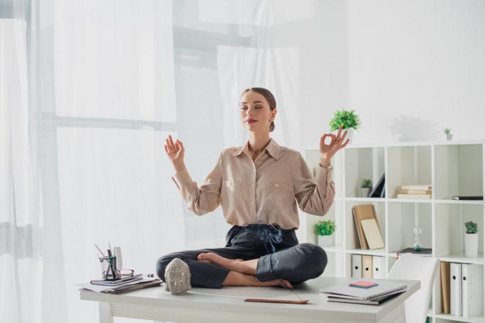 Огляд книги «Без стресу. Науковий підхід до боротьби з депресією, тривожністю і вигоранням»